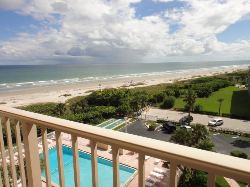7520 Ridgewood Ave #803 Cape Canaveral