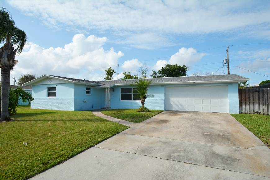 378 Coral Dr. Cape Canaveral