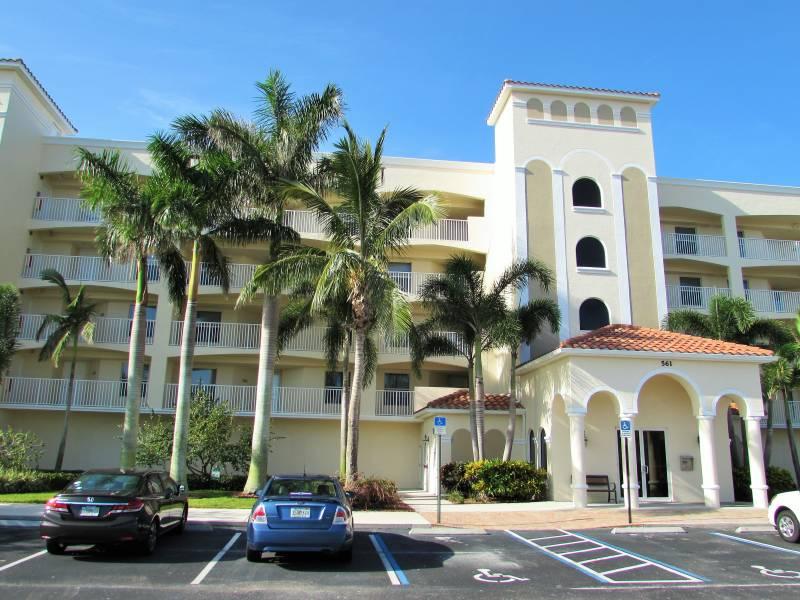 561 Casa Bella #302 Cape Canaveral