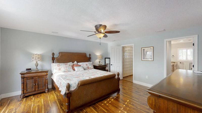Luxury-Waterfront-Paradise-in-Cocoa-Beach-02242019_071515