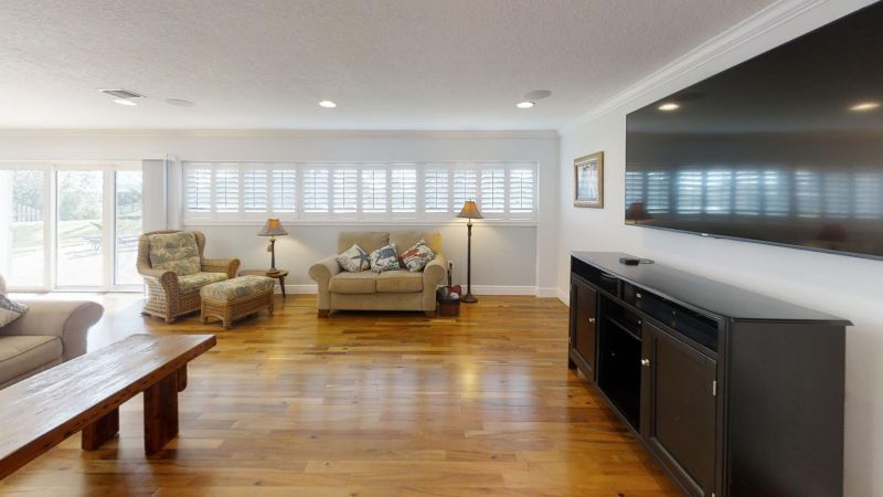 Luxury-Waterfront-Paradise-in-Cocoa-Beach-Living-Room