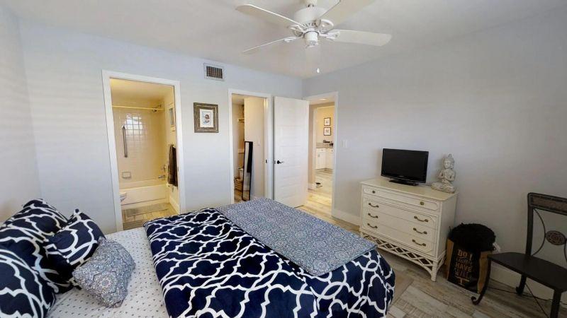 22-Riverfront-Condo-5th-Floor-in-Cocoa-Beach-03032019_073223