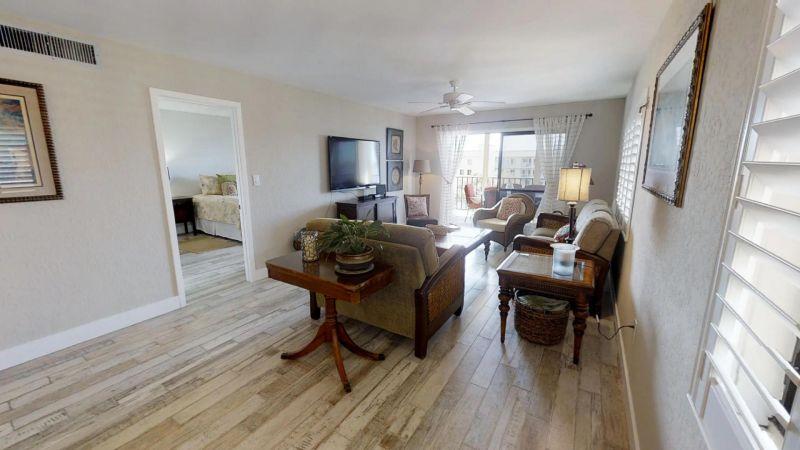 22-Riverfront-Condo-5th-Floor-in-Cocoa-Beach-03032019_073448