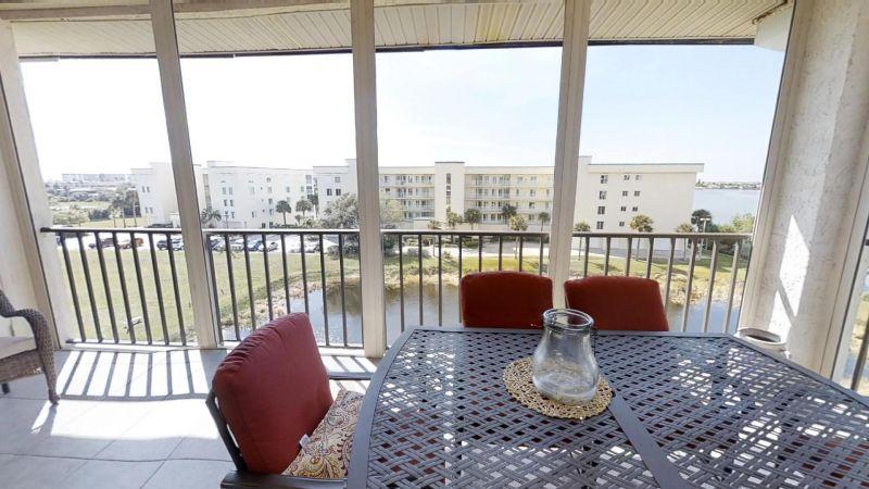 22-Riverfront-Condo-5th-Floor-in-Cocoa-Beach-03032019_073528