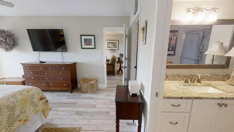 22-Riverfront-Condo-5th-Floor-in-Cocoa-Beach-03032019_073711