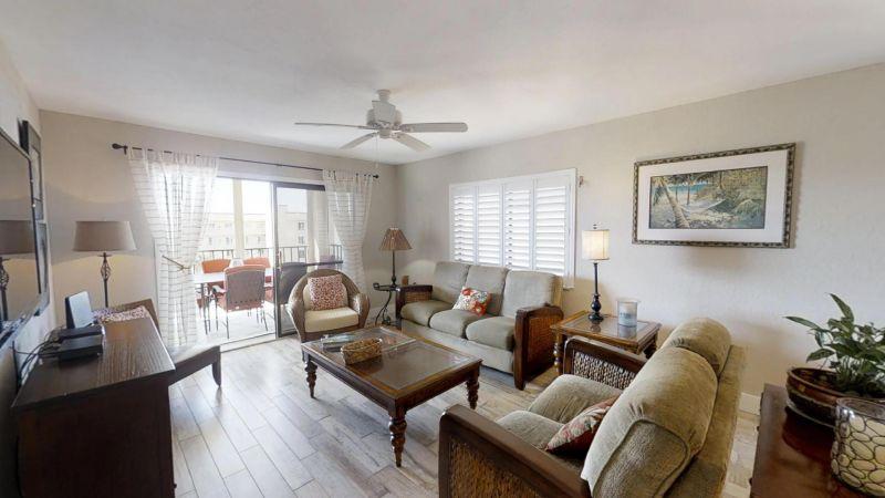22-Riverfront-Condo-5th-Floor-in-Cocoa-Beach-03032019_073908