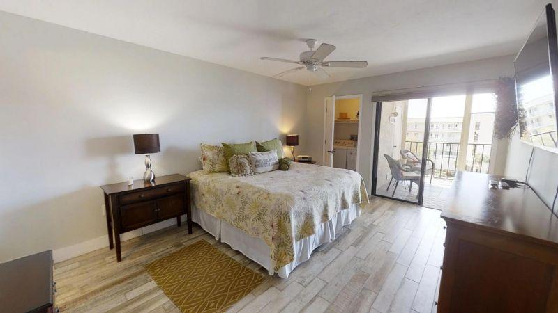 22-Riverfront-Condo-5th-Floor-in-Cocoa-Beach-03032019_075116