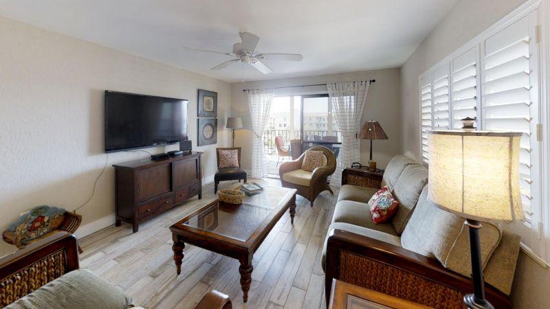 22-Riverfront-Condo-5th-Floor-in-Cocoa-Beach-Living-Room(1)