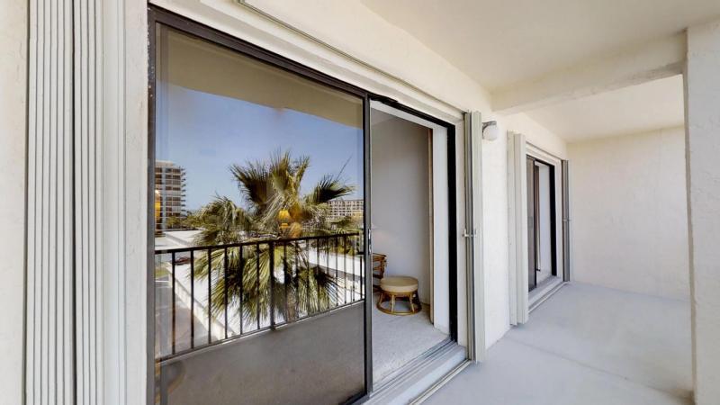 Ocean-View-Condo-in-Heart-of-Cocoa-Beach-03302019_083658