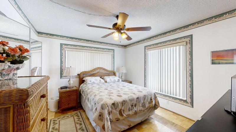 3060-N-Atlantic-Ave-6th-Floor-Corner-Unit-08282020_084306