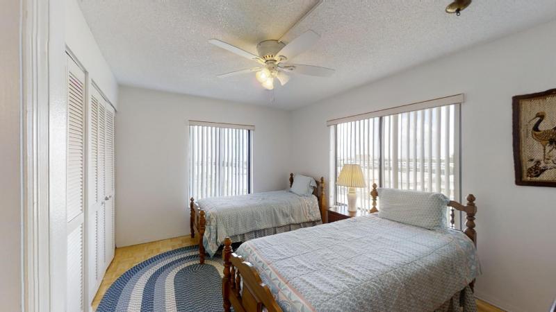 3060-N-Atlantic-Ave-6th-Floor-Corner-Unit-08282020_084519