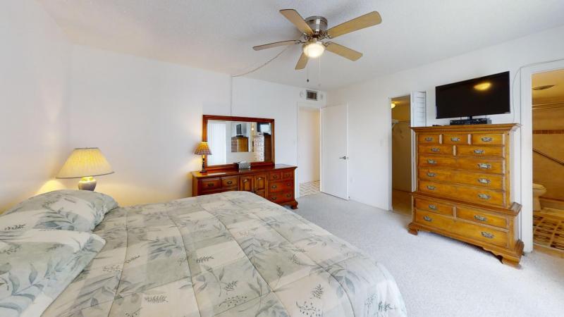 3060-N-Atlantic-Ave-6th-Floor-Corner-Unit-Bedroom3