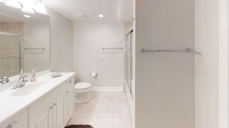 Condo-Bathroom(1)