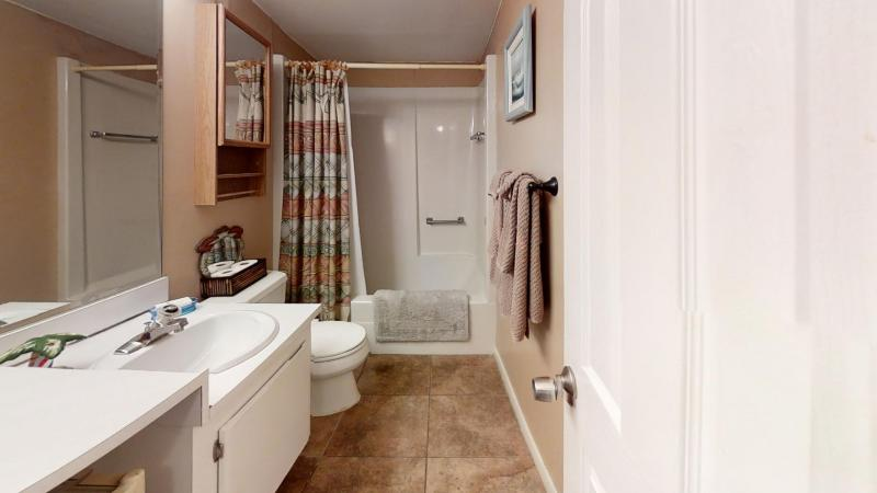Canaveral-Towers-Unit-606-Bathroom1
