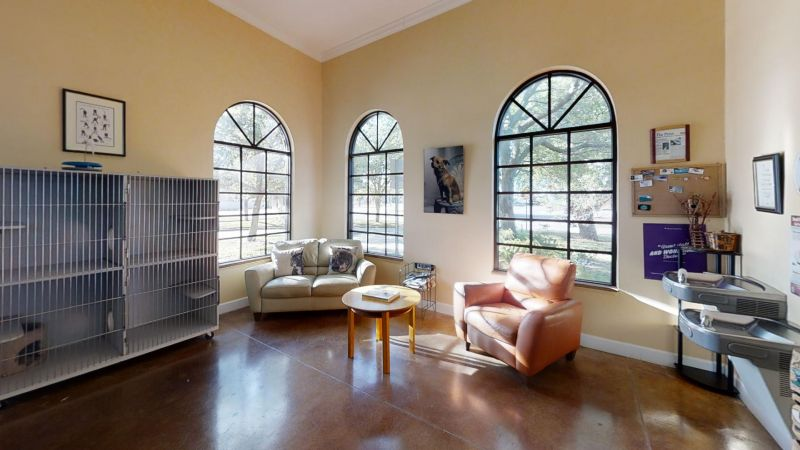 Atlantic-Animal-Clinic-Living-Room1