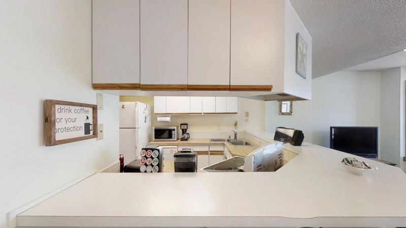 Cozy-2-Bedroom-Townhouse-Near-Port-01292019_203946