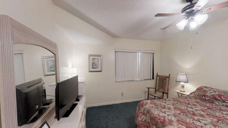 Cozy-2-Bedroom-Townhouse-Near-Port-01292019_204359