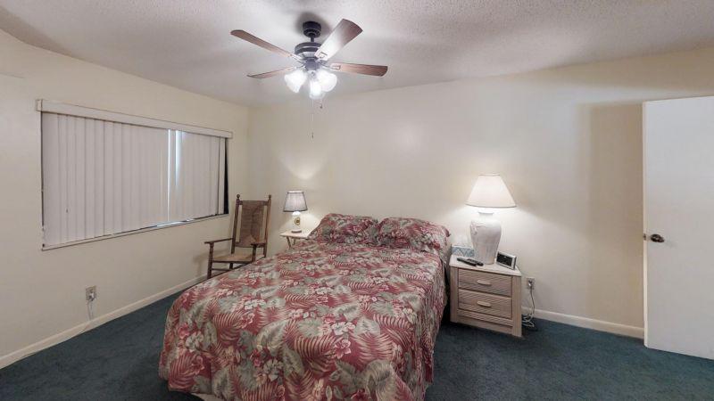 Cozy-2-Bedroom-Townhouse-Near-Port-Bedroom(3)